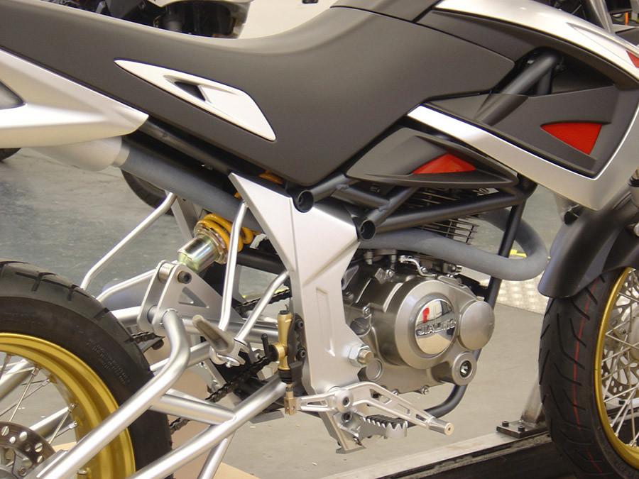 Motorcyle frame building