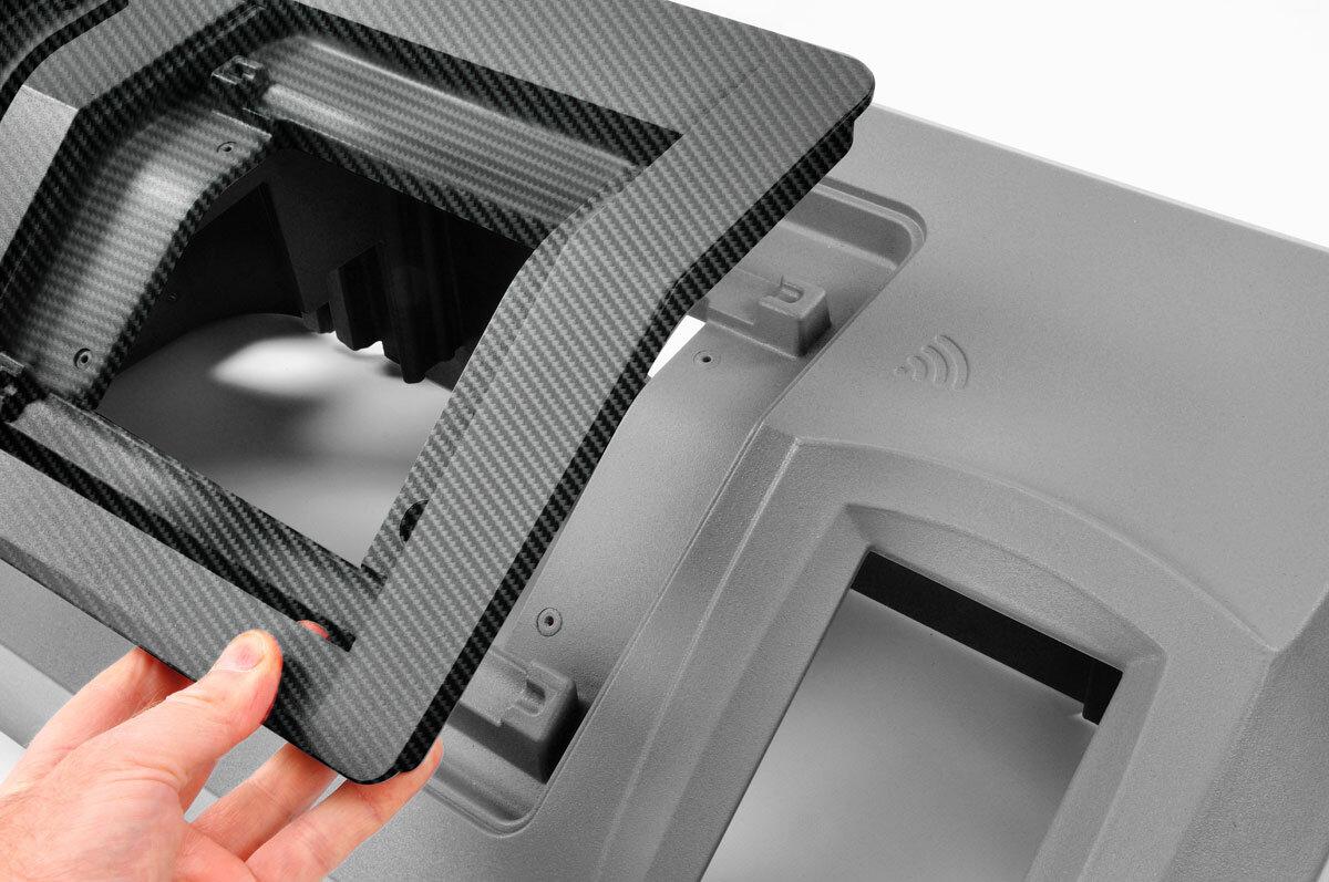 carbon-fibre-texture-on-rim-parts